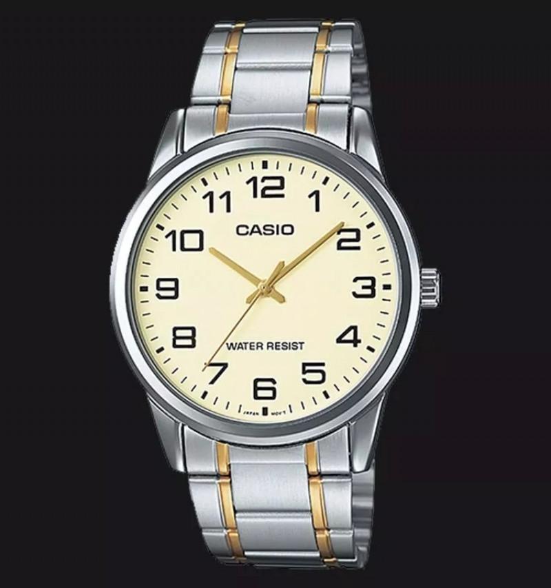 990b9f17bef Relógio Casio análogo Mtp-v001g-sg-9 unissex pulseira e caixa mista Clássico