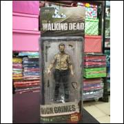 Boneco The Walking Dead Zumbi 15 Cm Na Caixa Brinqu Modelo 2