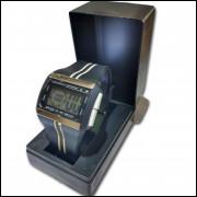 Relogio Digital Unisex Quadrado Cronometro Luz e Data C4