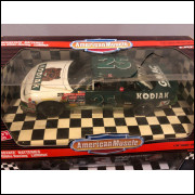 Lote 007 American Muscle 1/18 Joe Gibbs Racing Lumina Nascar