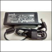 Carregador Fonte Para Notebook Itautec 19 Volts 3,42 Amperes 65 Watts