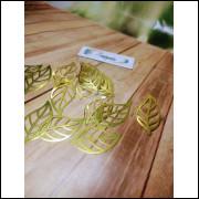 Folhas em Lamicote Dourado / ouro - 10 unidades