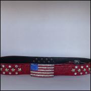 Cinto Vermelho com Fivela da Bandeira America